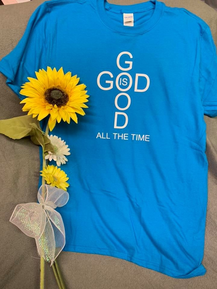 Gildan G645B customer review by Mandy Hinson Great shirt