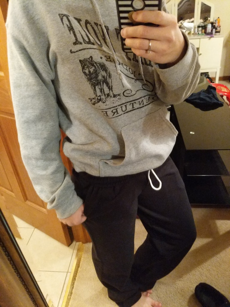 Jerzees 974MP customer review by Stephanie Groah Super comfy