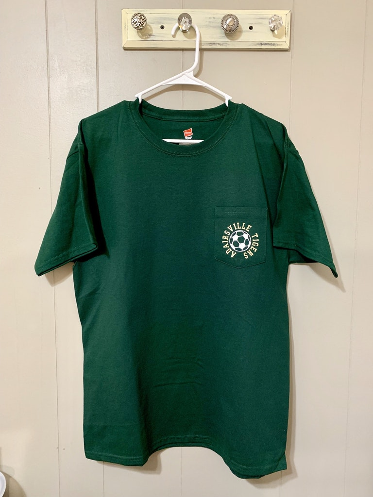 Hanes H5590 customer review by  Traditional Pocket Tee