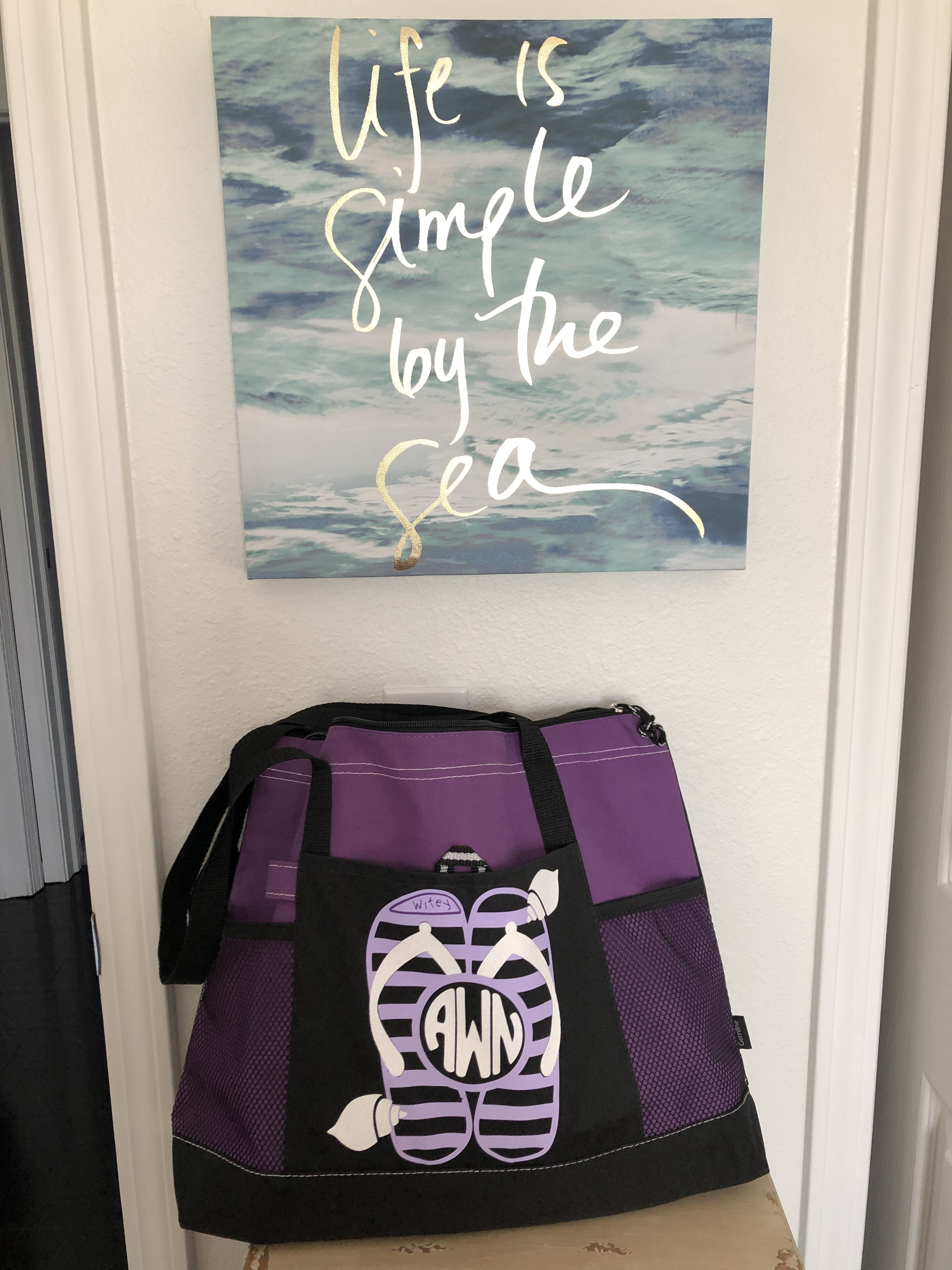 Gemline 1100 customer review by Teresa Robison (Tu s Company) LOVE this tote!